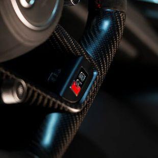 Audi R8 Carbon Lenkrad Maßanfertigungen